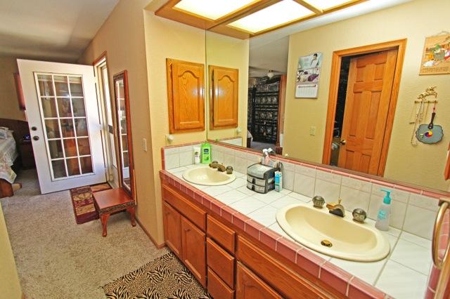 23 Bathroom 1