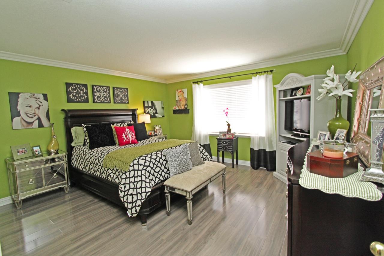 23 Bedroom 1A