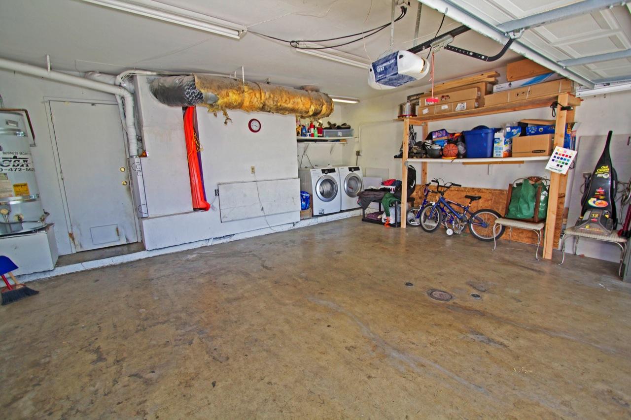 23 Garage