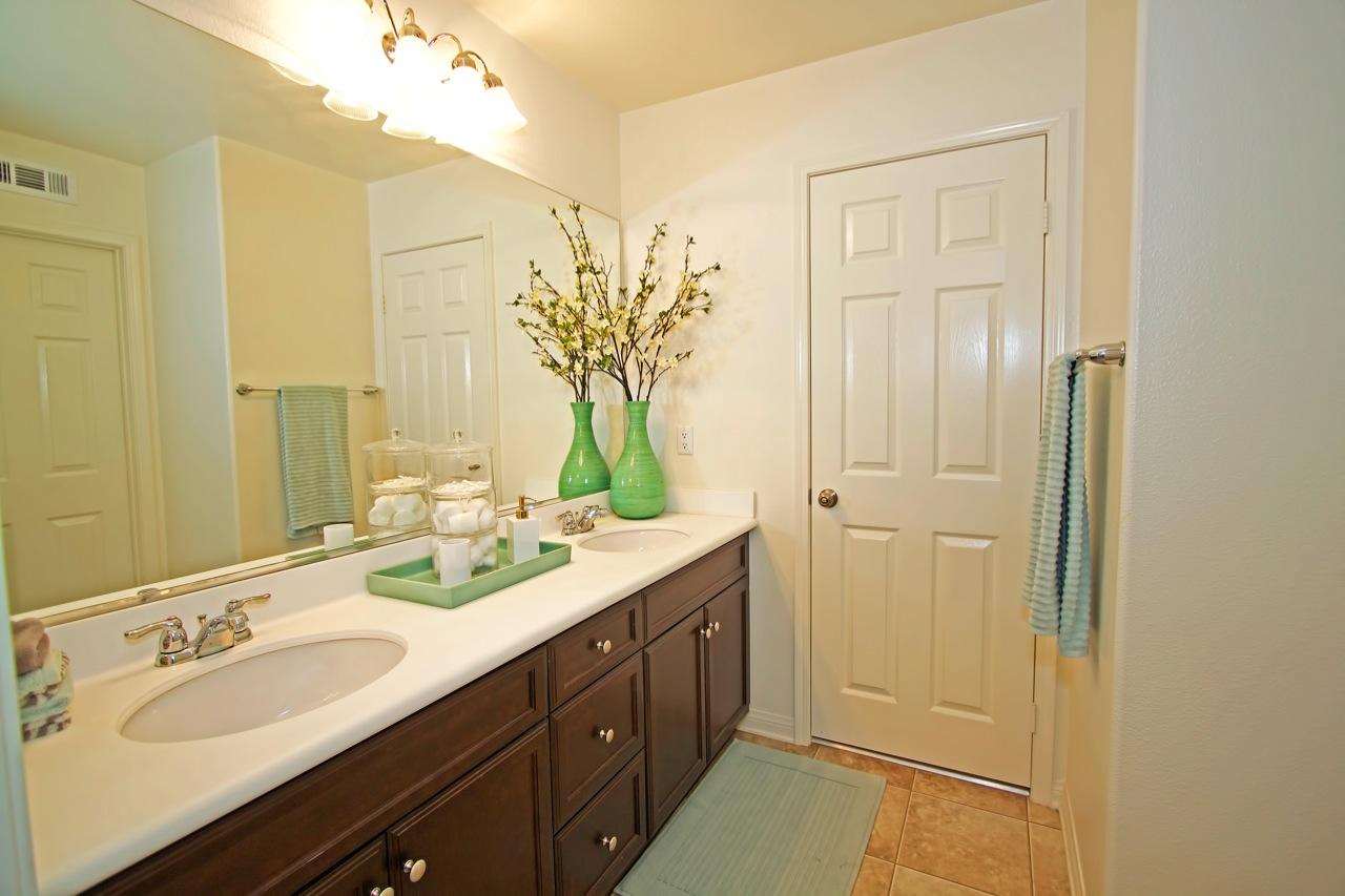 26 Bathroom 2