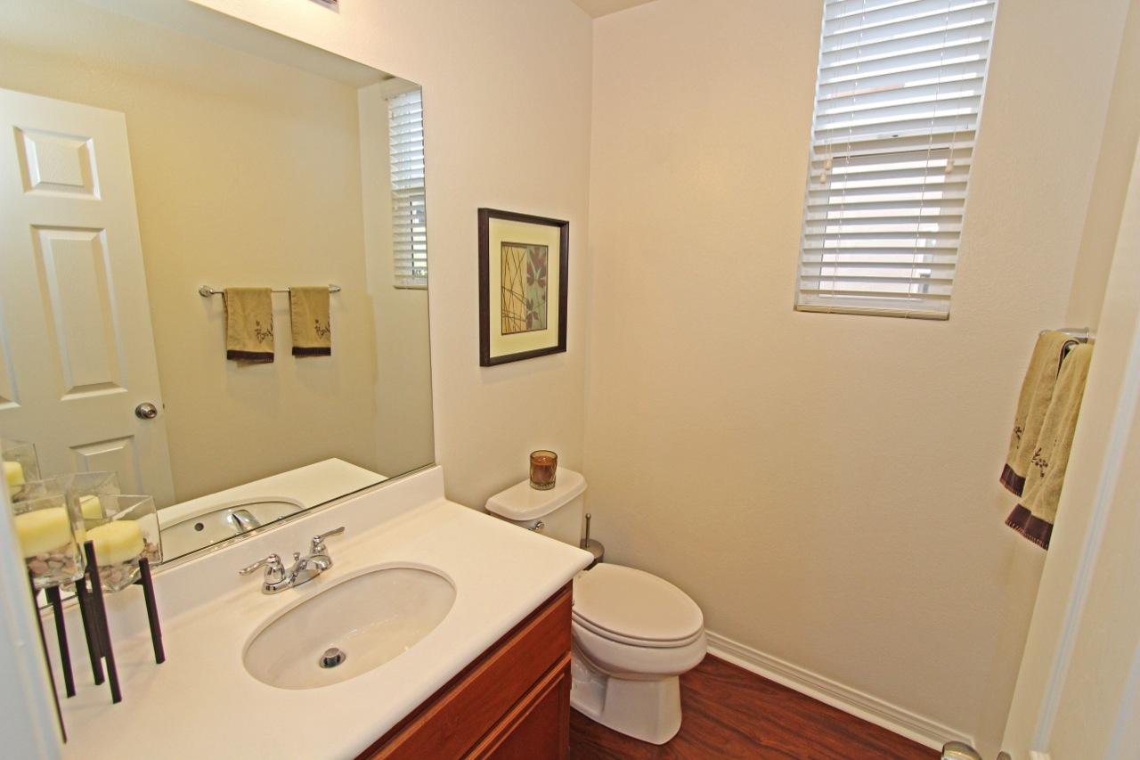 26 Bathroom 3