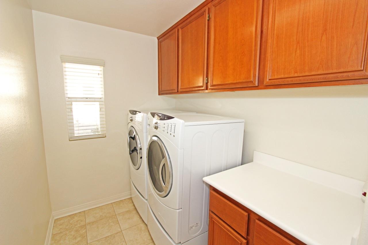 27 Laundry Room