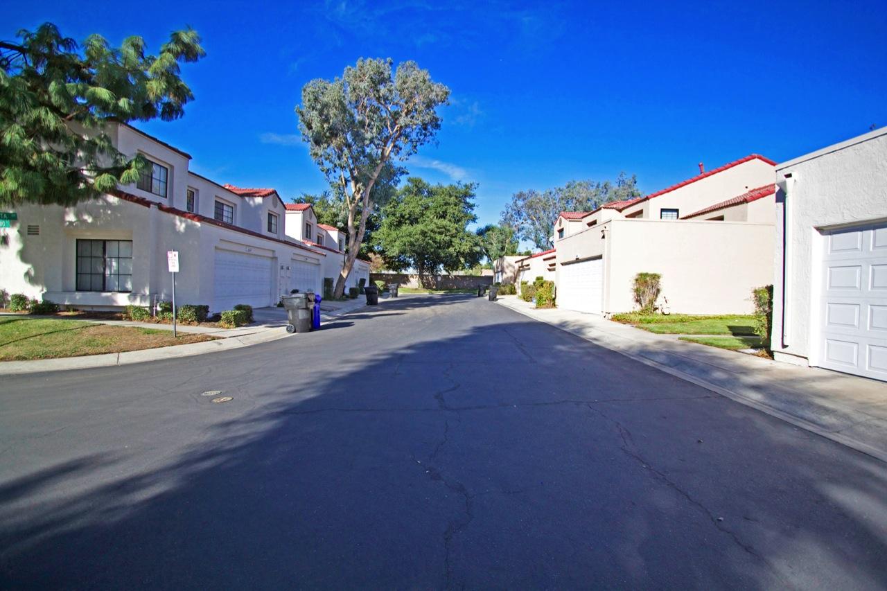 28 Street View