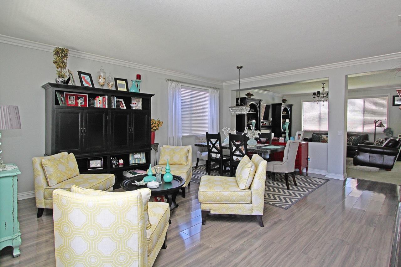 5 Living Room 3