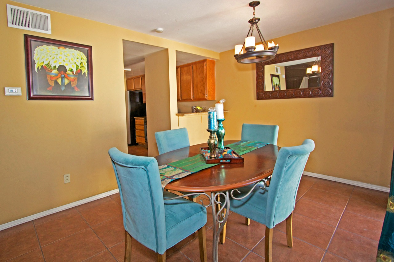 8 Dining Room 1