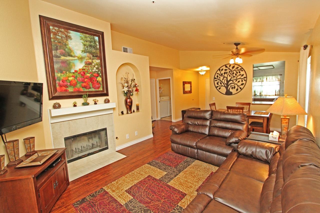 9 Living Room 3