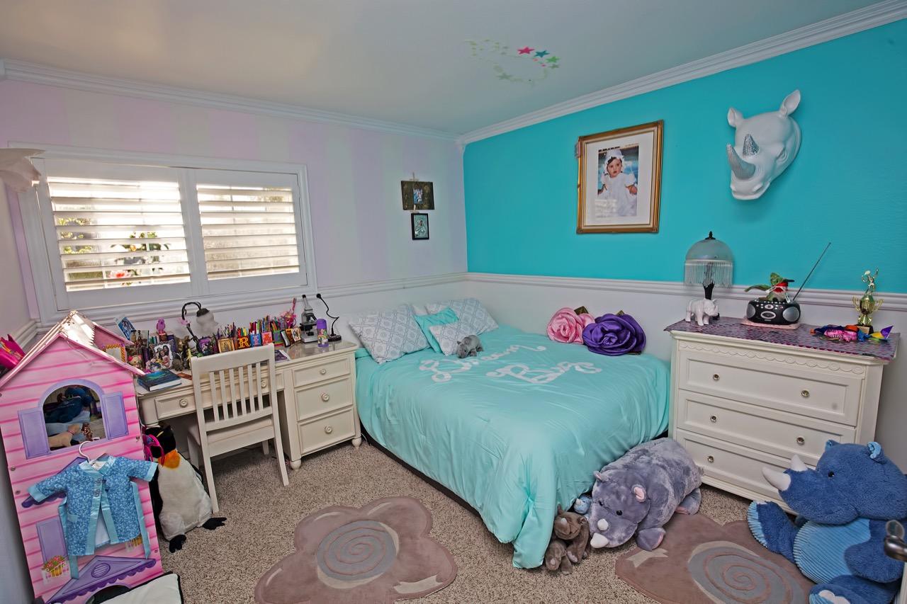 17-Bedroom-3