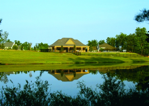 hawthorne new homes pond view with clubhouse