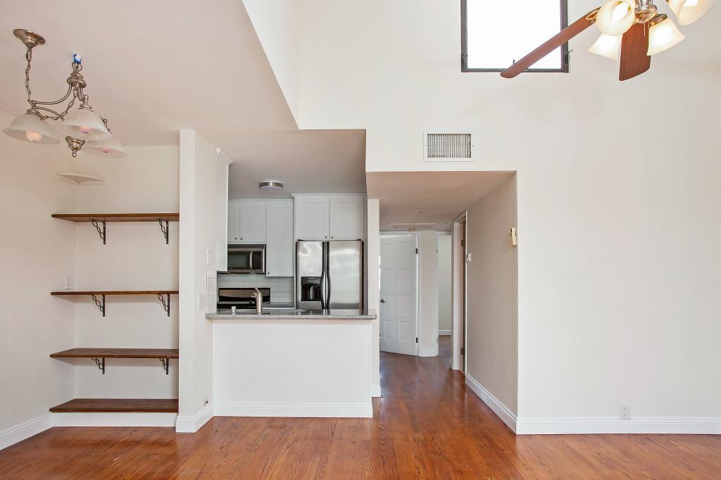 4031 Idaho St #F Living Room