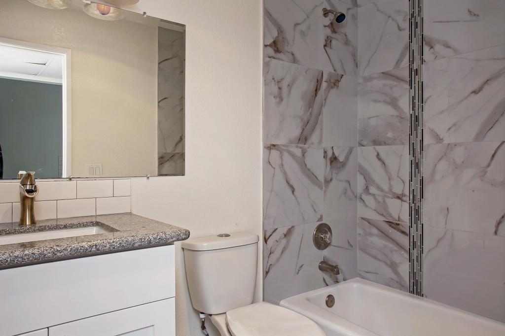 4031 Idaho St #F Remodeled bathroom