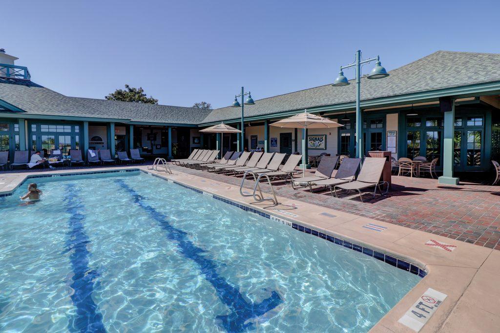 Palmetto Dunes Community Pool