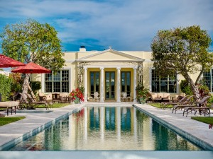 luxury-real-estate-experts-share-5-tips-for-buying-a-multi-million-dollar-mansion