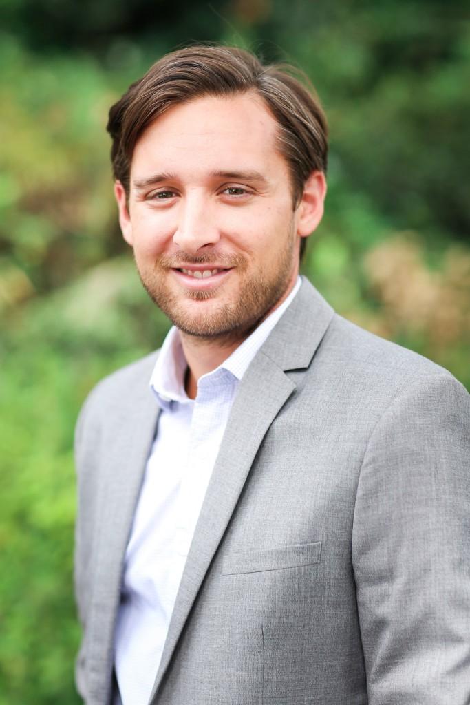 Ryan Knapke, Listings Coordinator