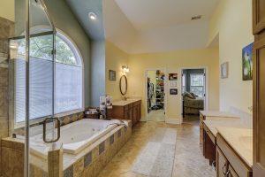 68 Wicklow Drive, Bluffton, SC Master Bathroom