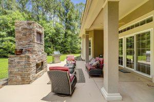 68 Wicklow Drive, Bluffton, SC Outdoor Fireplace