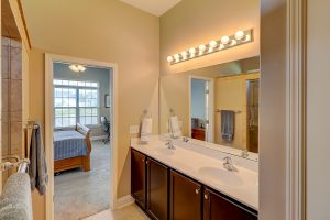 192 Regiment Street, Ridgeland, SC Master Bathroom