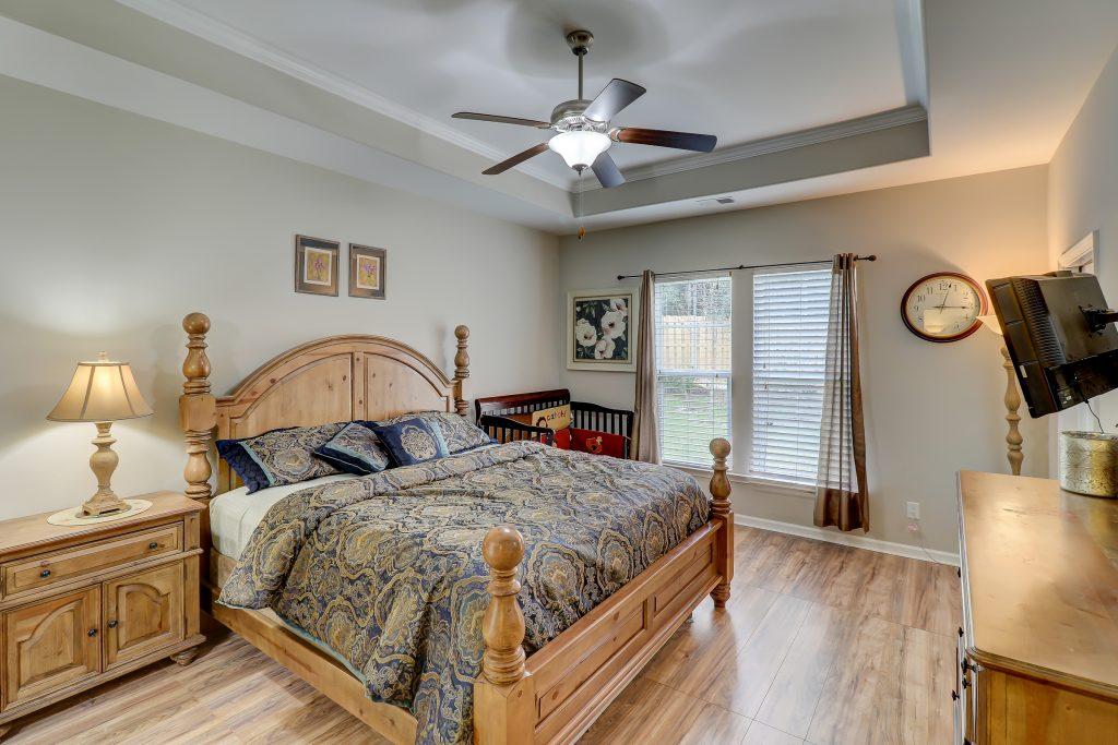 9330 Evan Way - Owner's Suite