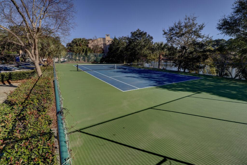 Peninsula at Newport Tennis Courts