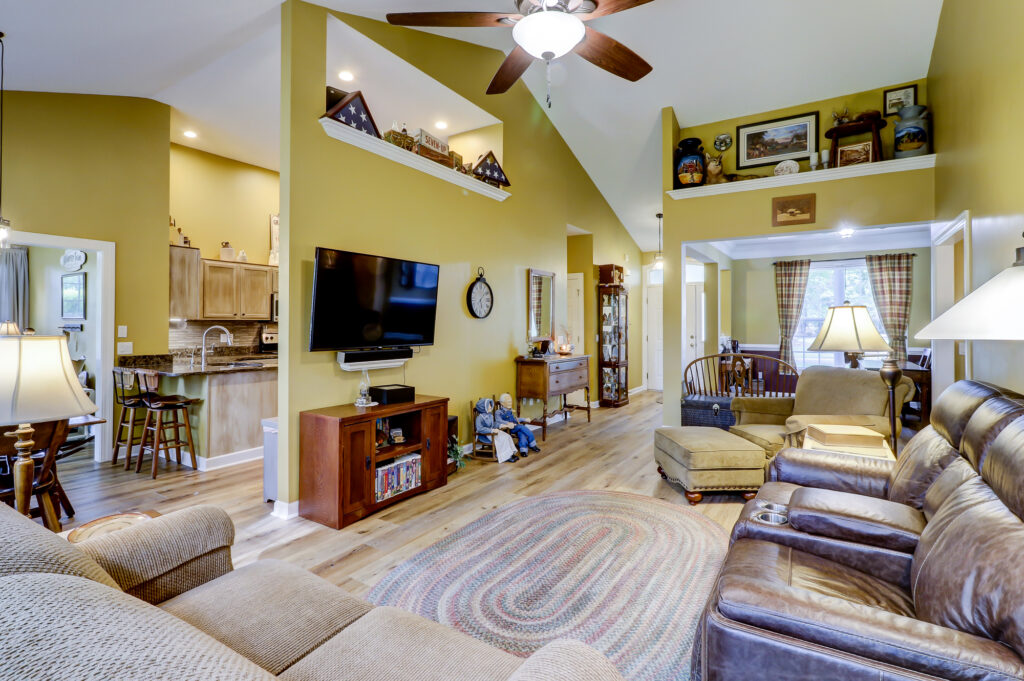 3 Bedrooms, 2 Bathrooms home in Eagle's Point