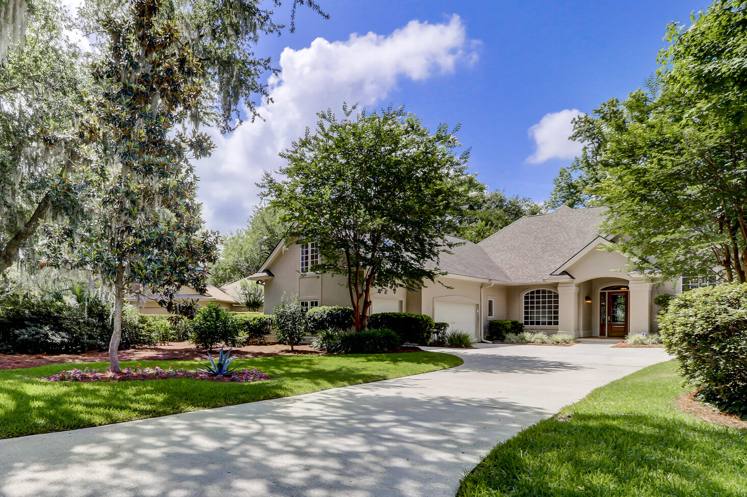 52 Old Fort Drive | Beautifully Updated in Hilton Head ...