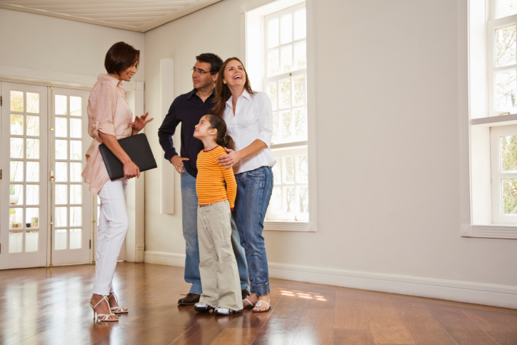 How Real Estate Agents Save Time and Money