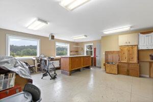 10241 Bridger Canyon Road, Bozeman, MT 59715 13