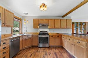 10241 Bridger Canyon Road, Bozeman, MT 59715 3