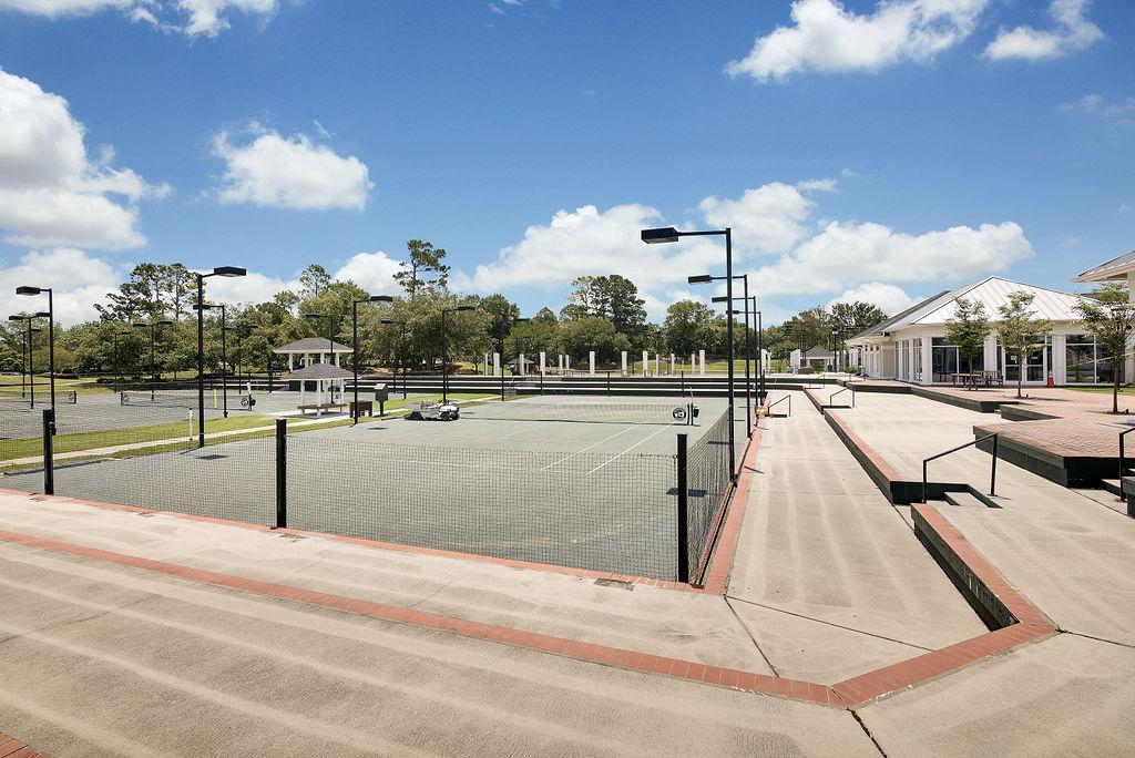 Landfall Tennis Courts