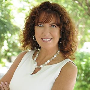Headshot of Michelle Howland