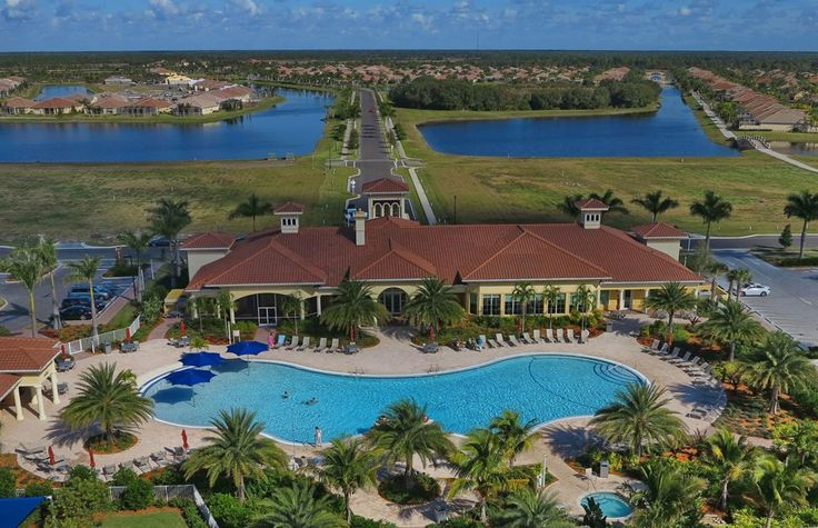 Life S Like In Island Walk Venice Florida Sarasota Fl Real Estate Medway Realty Sarasota