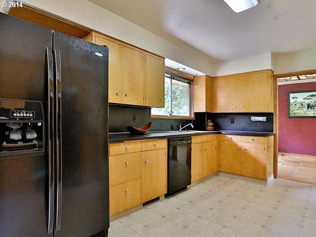 kitchen_before