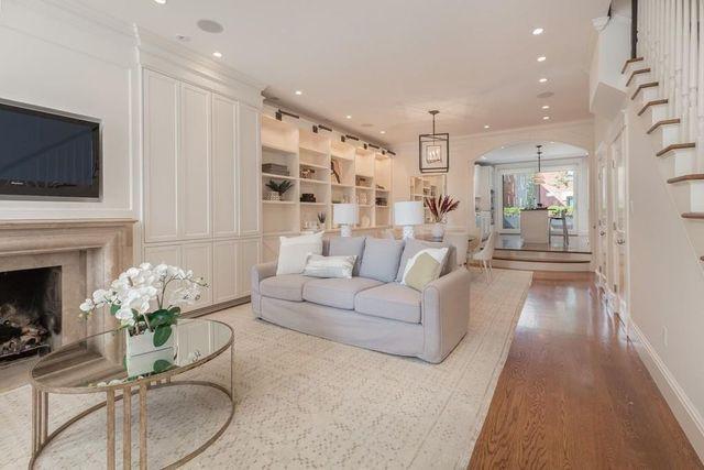 Living room Brad Marchand Boston