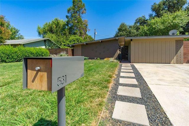 Chico CA mid century modern home exterior