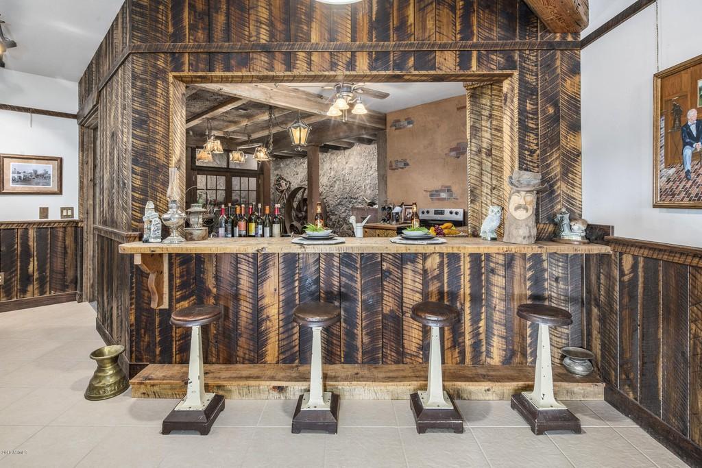 Bar Shipworm shack