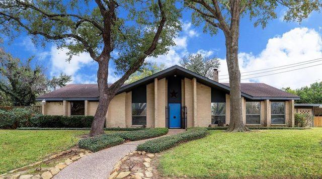 Mod century modern house in Houseton, TX exterior