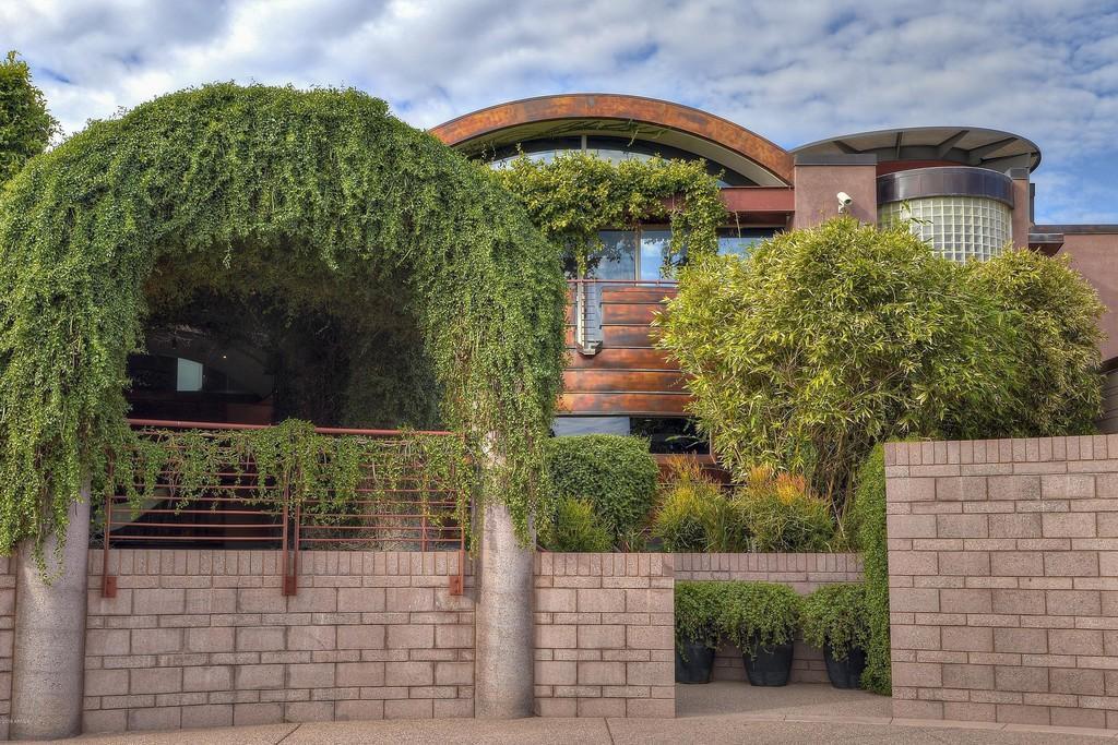 Exterior home in Phoenix AZ