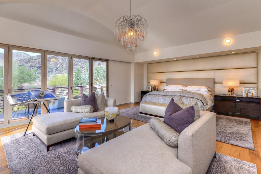Owner's suite house in Phoenix, AZ