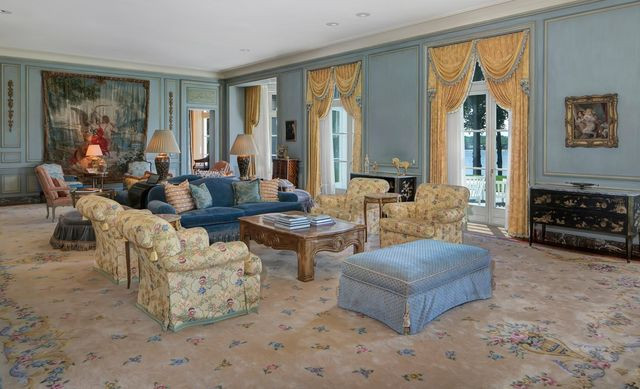Jon Bon Jovi living room