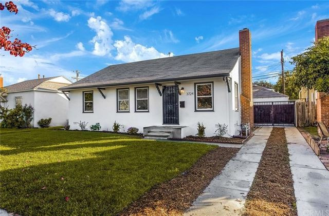 Los Angeles Flip or Flop house exterior