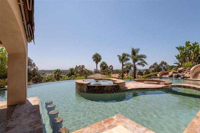 Pool Mike Love house Rancho Santa Fe
