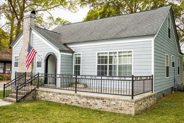 Laurel MS home exterior