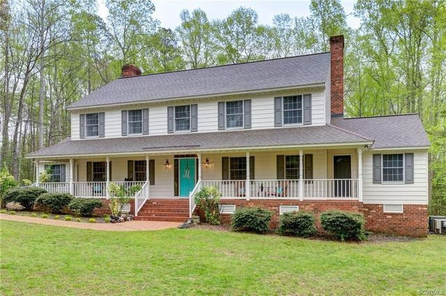 Quinton VA country house
