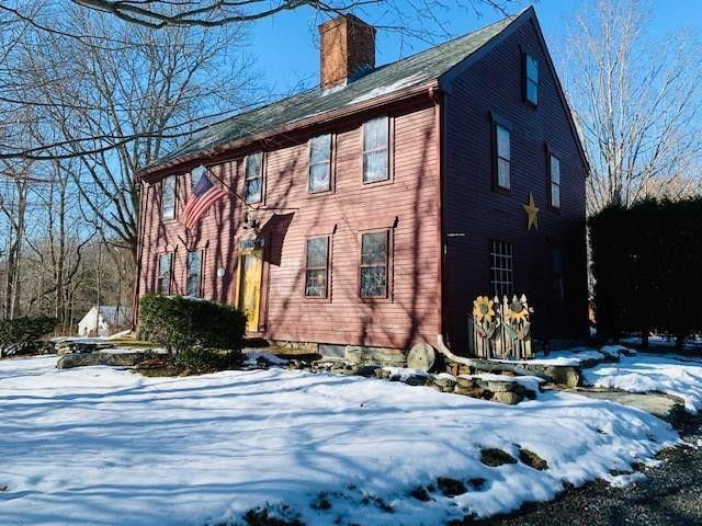 Warren, RI Colonial house exterior