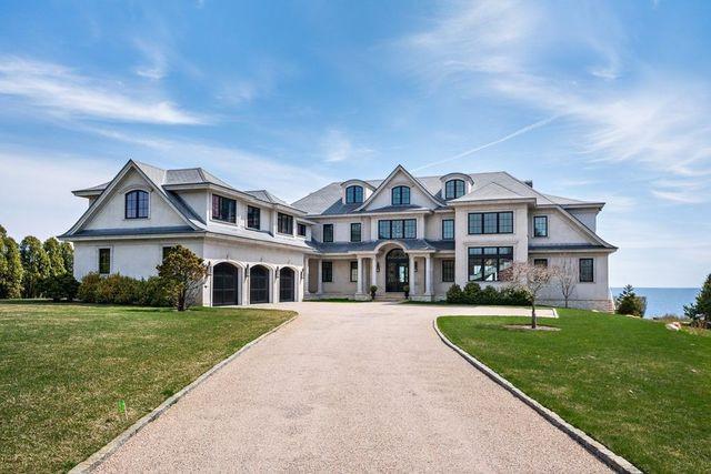 Sea Grace estate Narragansett RI exterior