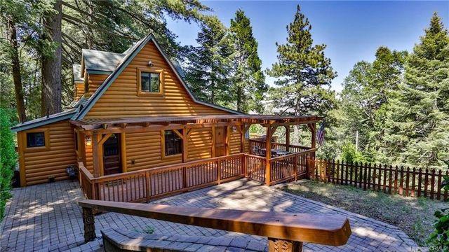 Lake Arrowhead, CA log cabin exterior