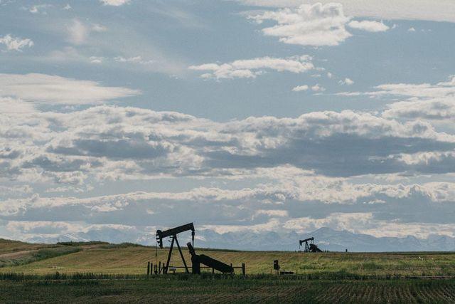 Denver oil field