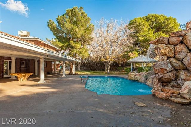 pool jerry lewis house las vegas
