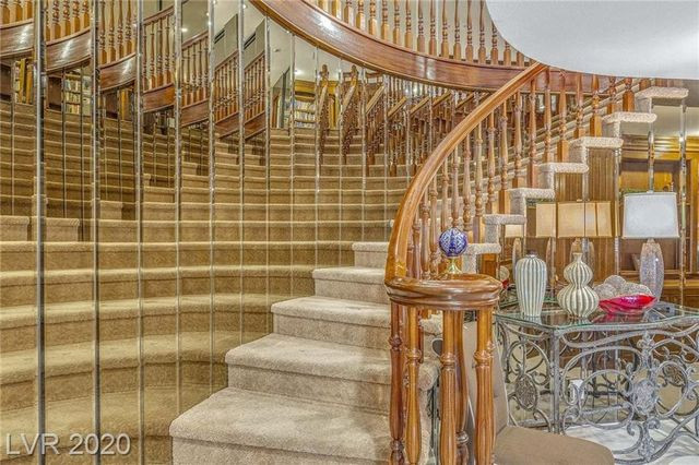 staircase jerry lewis house in las vegas