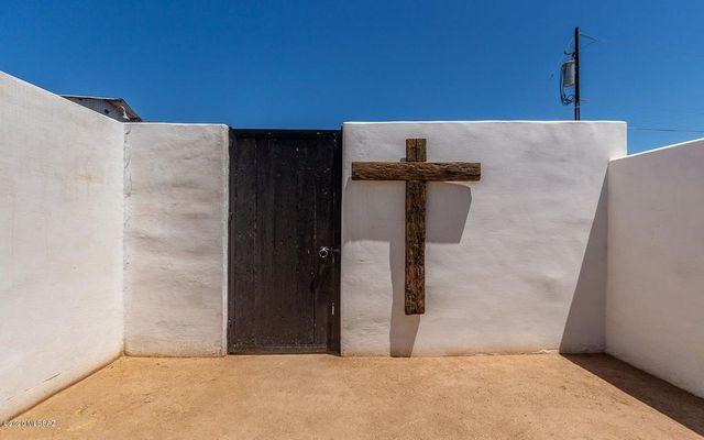 Courtyard door cross