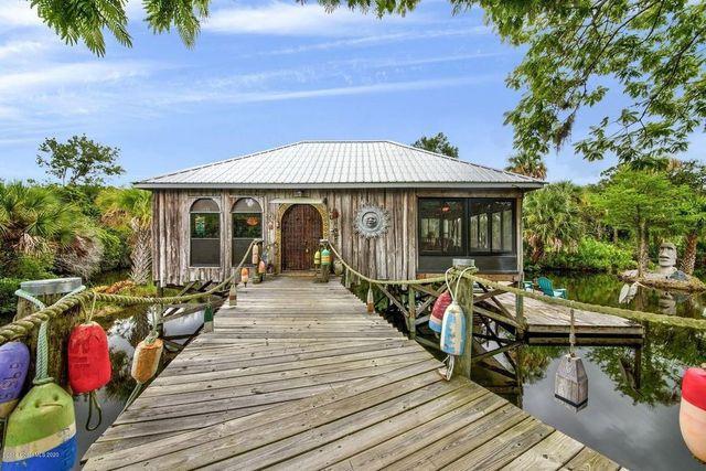 Melbourne, FL freshwater private island